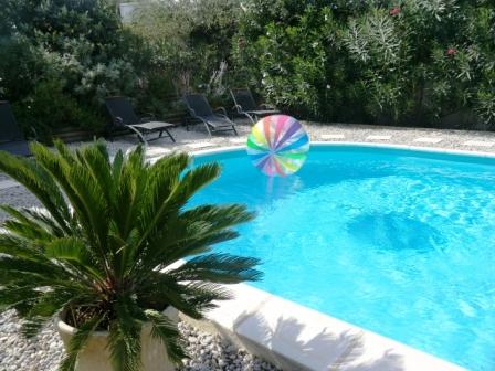 chambres d\'hotes en Provence, Luberon, piscine,La maison de Mamie